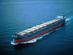 Carga a granel a través de bulk carriers